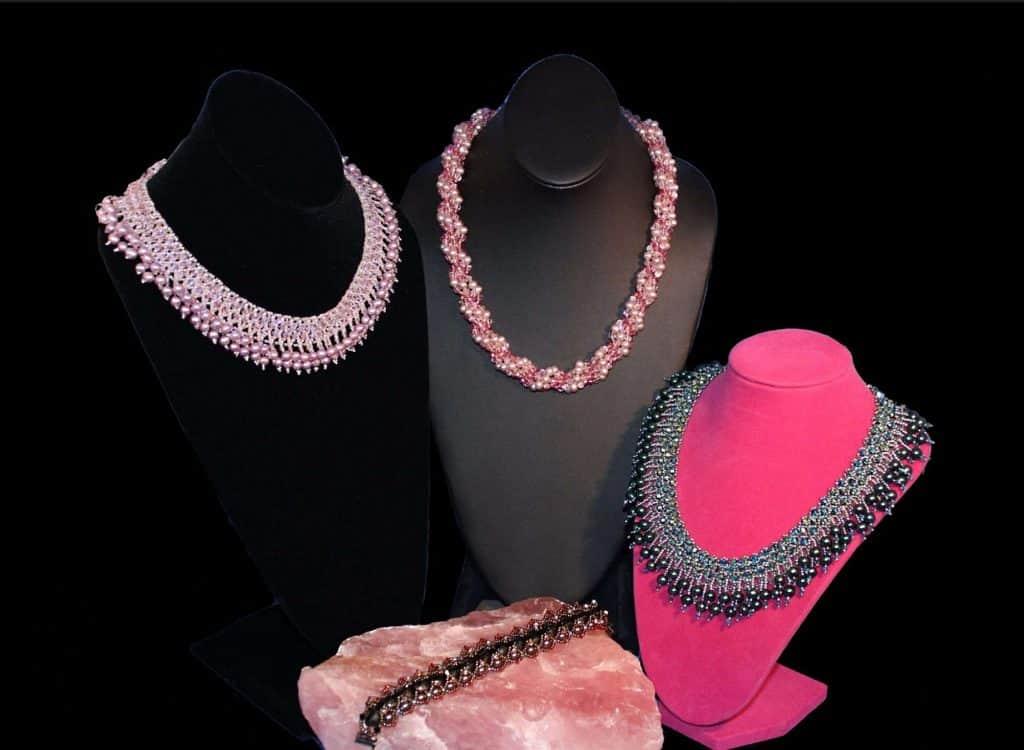 Die Juwelen Ihrer Majestät - Halsketten
