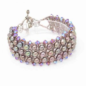 Eve Freshwater Pearl Bracelet - right
